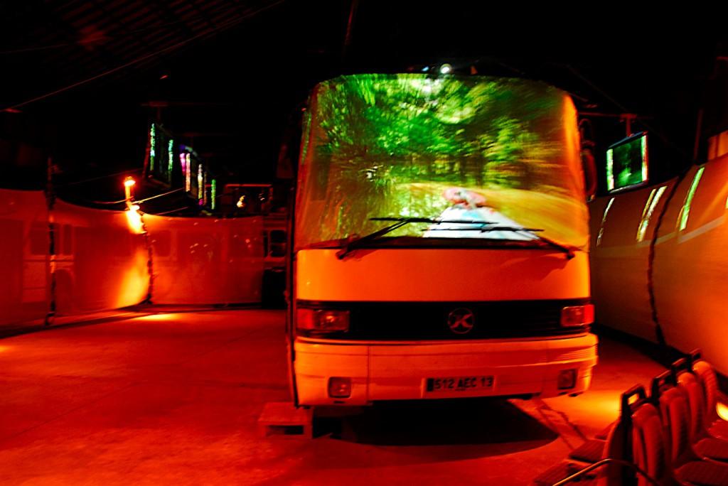 -bus a nu hangar souffleurs